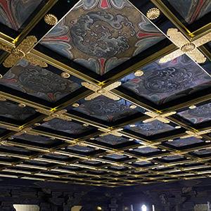 阿弥陀堂内陣修復情報 北余間格天井「北余間の天井修復が終了しました」